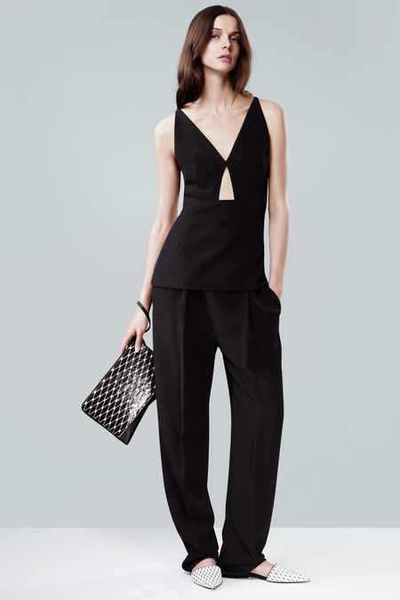 NARCISO_RODRIGUEZ_004_1366.450x675